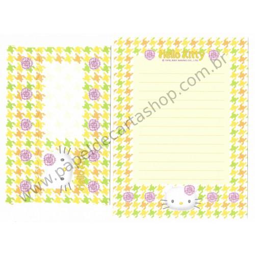 Ano 2001. Kit 4 Conjuntos de Papéis de Carta Hello Kitty Camélia Sanrio